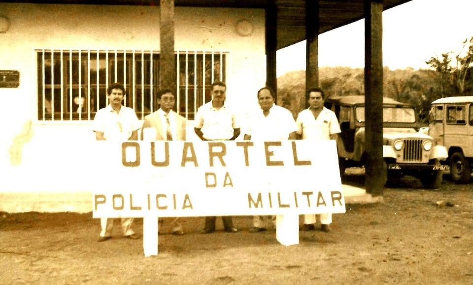 O então Secretário Raimundo Correia e alguns delegados