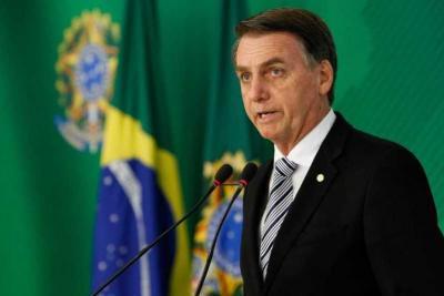 Bolsonaro entrega ao STF seus testes de coronavírus; ambos deram negativo