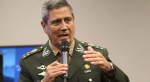 Bolsonaro confirma general Braga Netto na Casa Civil e ida de Onyx para Cidadania