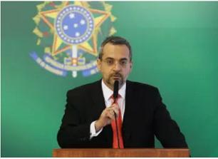 Bolsonaro não tem saída: para se recompor com STF, terá de demitir Weintraub