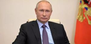 Putin lança a primeira vacina contra Covid-19 e diz que sua própria filha foi vacinada